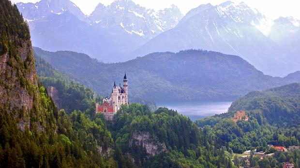Best of Germany, Austria & Switzerland in 14 Days Tour 2022