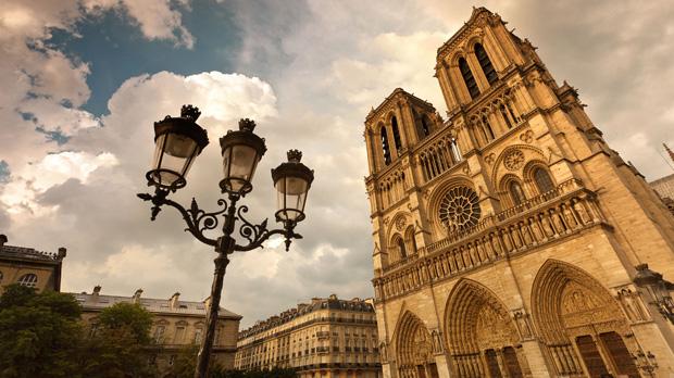 Best of Paris in 7 Days Tour 2022